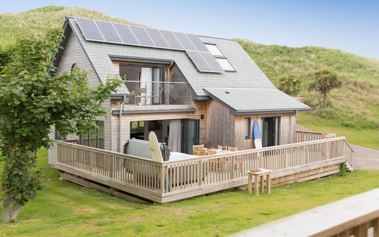 Groovy Cornwalls Finest Luxury Beach Houses In Hayle West Cornwall Download Free Architecture Designs Terstmadebymaigaardcom